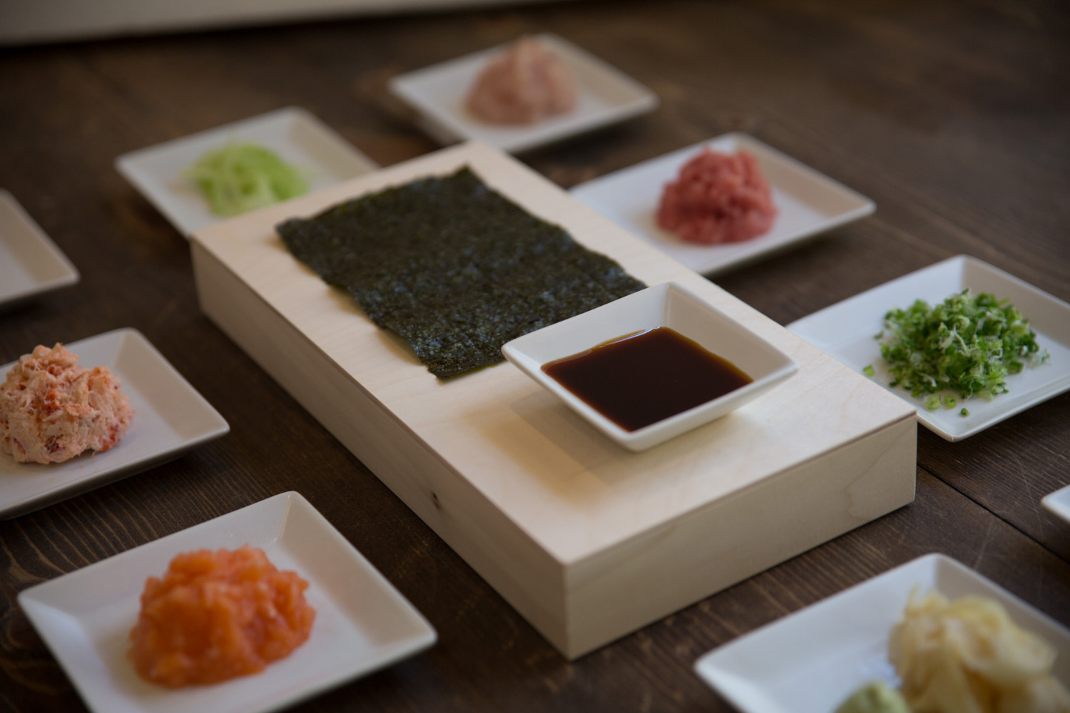 Dishes of hand roll ingredients